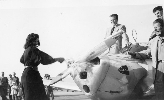 ercoupe_jane_russell_and_dick_powell_christen-ing_the_ercoupe_1-jpg__1072x0_q85_upscale